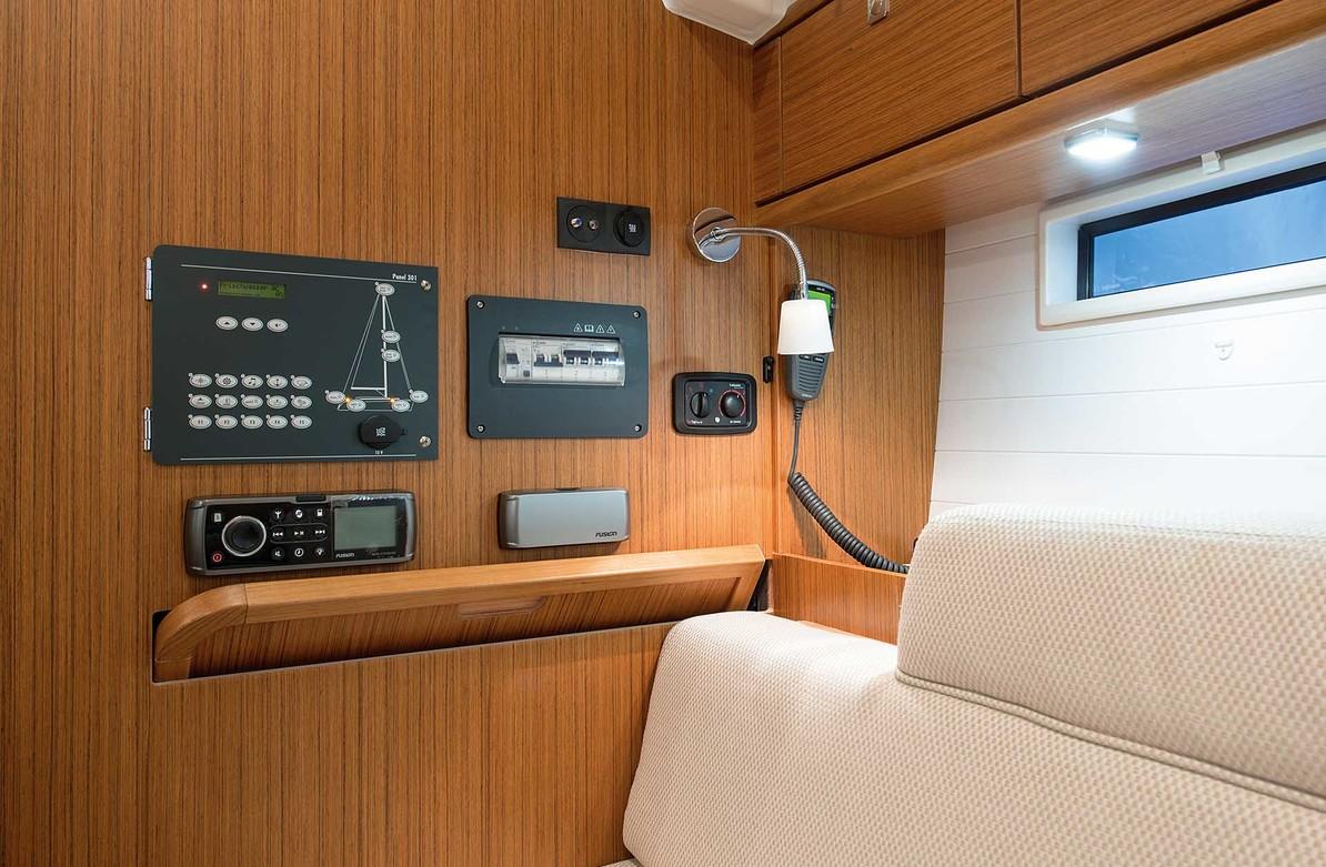 Bavaria cruiser 37, 2007