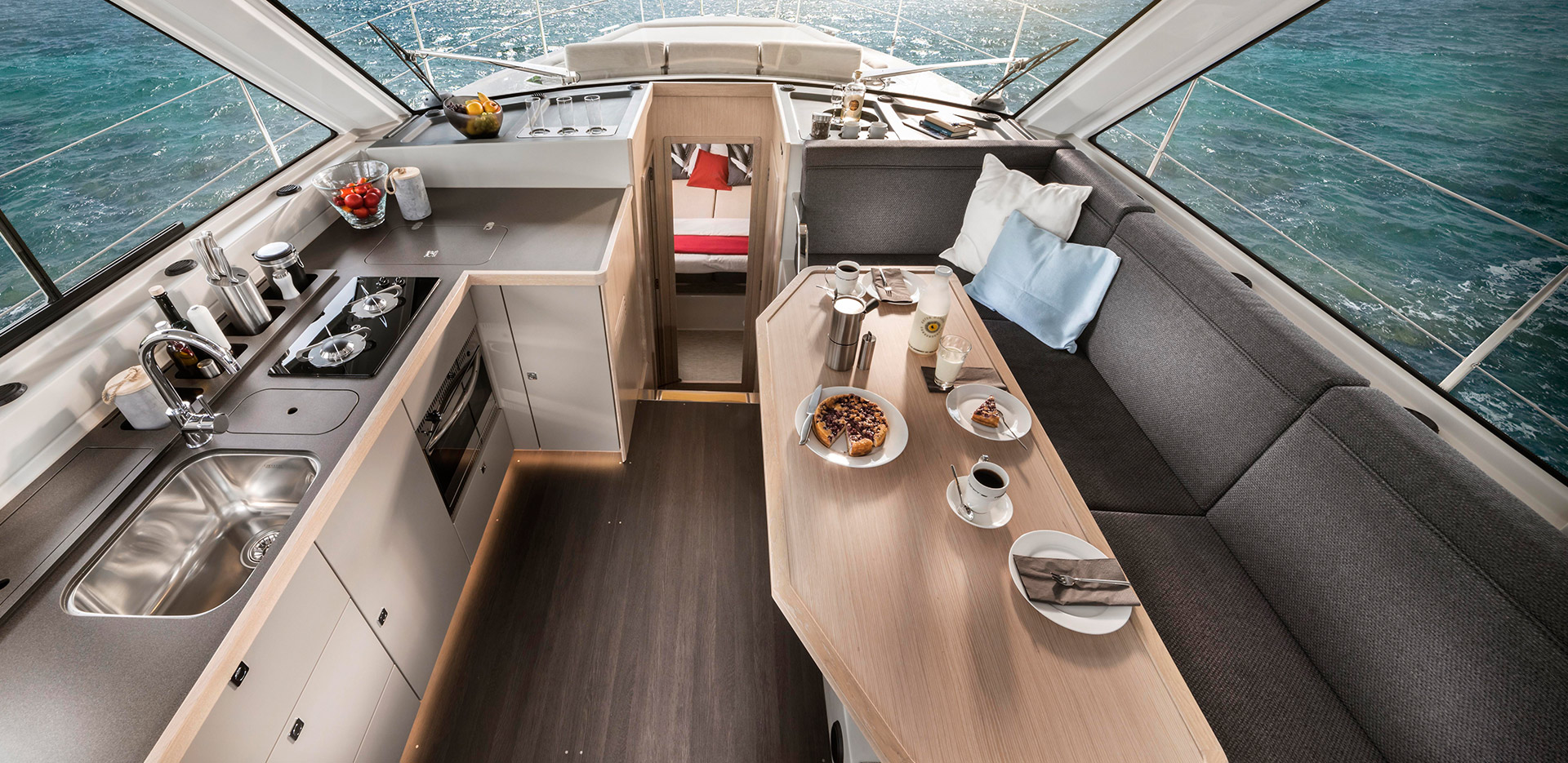 Bavaria E40 Fly for sale – lz Yachting