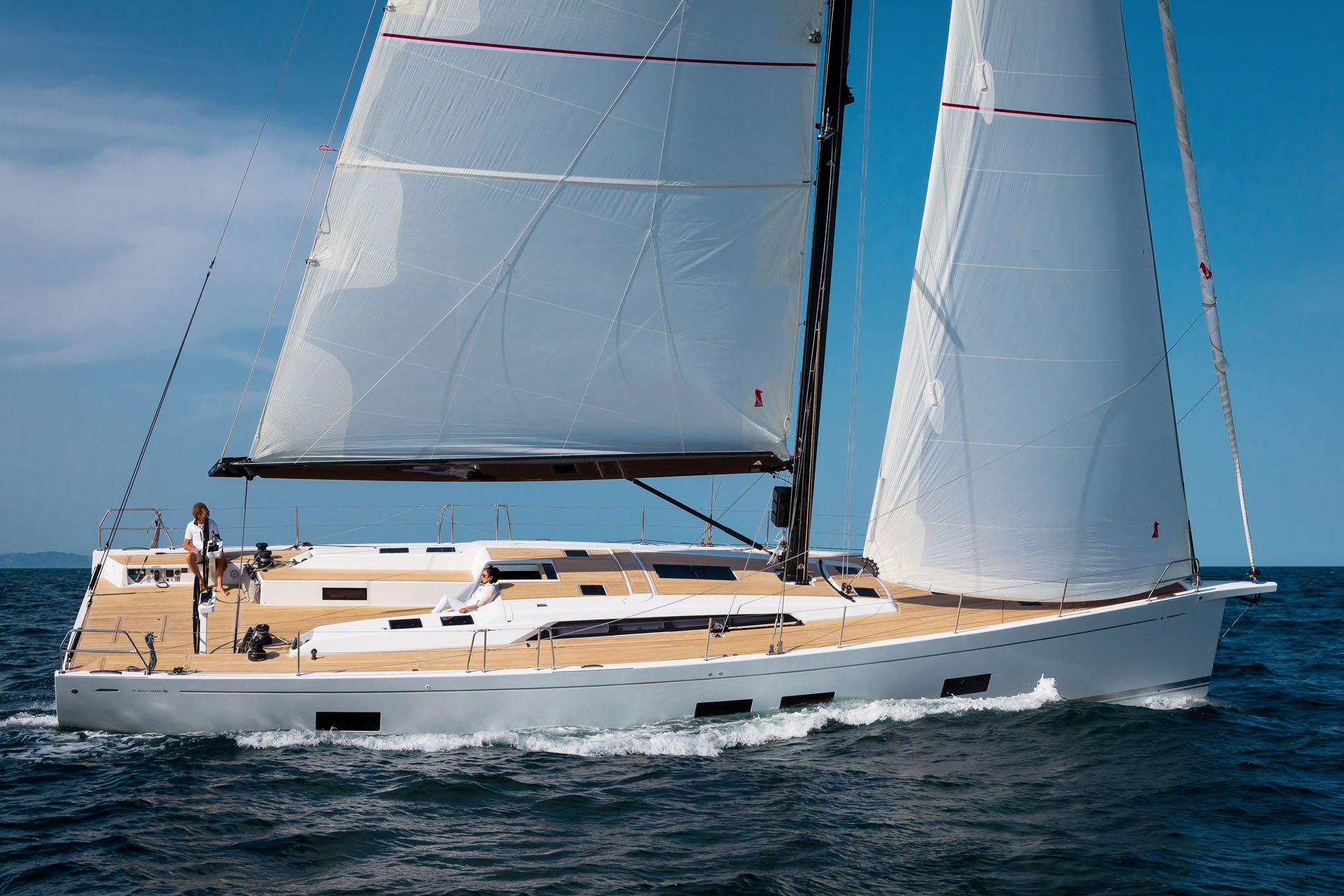 Official sailing yachts dealer for Bulgaria